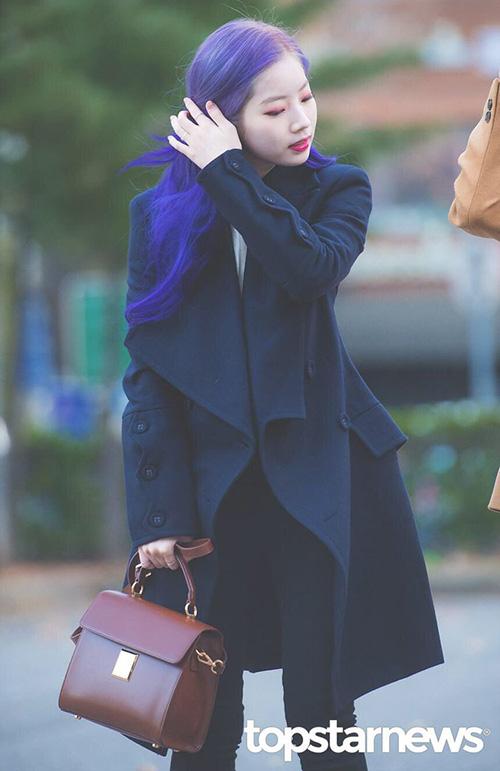 Nhiều ý kiến cho rằng nhìn Da Hyun ngoài đời còn đẹp hơn trên ảnh. Cô nàng xứng đáng lọt top visual trong Twice.