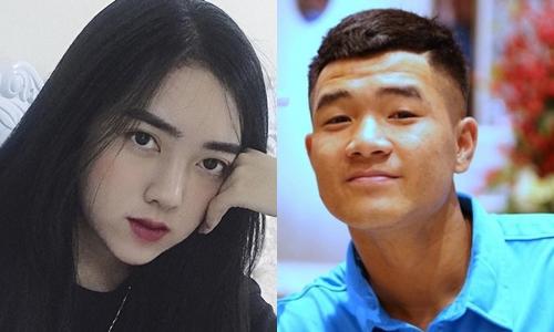 Cô hiếm khi để lộ thông tin về Hà Đức Chinh trên mạng xã hội nhưng lại thường xuyên cập nhật diễn biến, kết quả của những trận bóng đá.