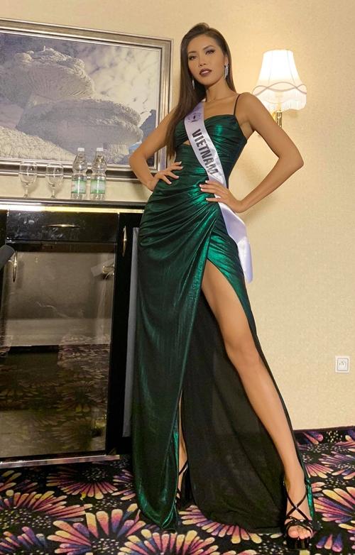 Minh Tú tại cuộc thi Miss Supranational 2018.