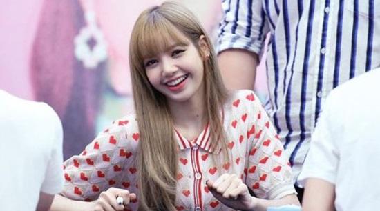 Bạn hiểu cô nàng xinh đẹp Lisa (Black Pink) đến đâu? (2) - 1