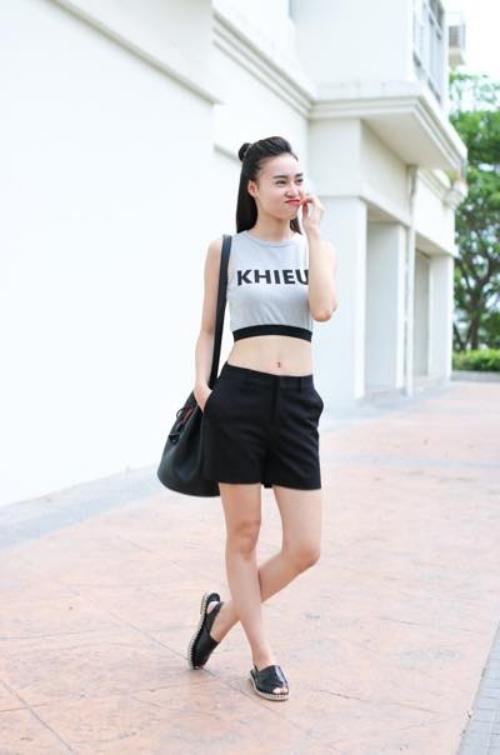Style cô nhóc của Lan Ngọc.
