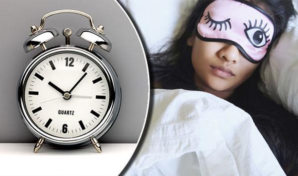 Vì sao không nên thức khuya tuổi dậy thì?