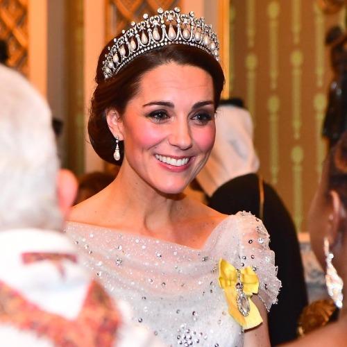 Công nương Kate khiến fan nín thở khi đội vương miện của Diana