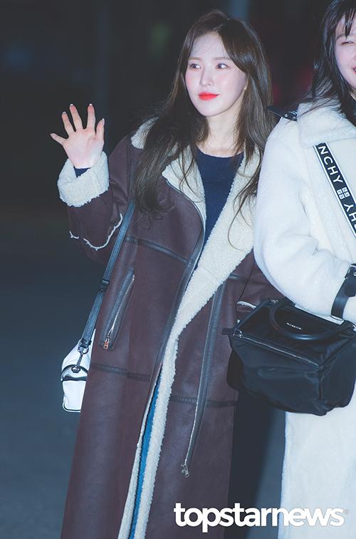 Wendy đã tìm ra kiểu tóc giúp tôn nhan sắc. Nữ ca sĩ nhận được nhiều lời khen ngợi nhất trong đợt comeback cuối năm.