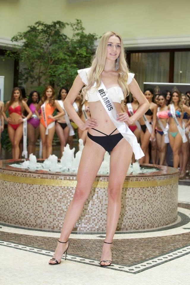 """<p> Thí sinh Belarus - Margarita Martynova - gây bất ngờ khi có mặt trong top những thí sinh tiềm năng của cuộc thi vì trước đó, cô luôn """"mờ nhạt"""" trong các hoạt động. Tuy nhiên, gương mặt trẻ trung, xinh đẹp chính là lợi thế của người đẹp 22 tuổi.</p>"""