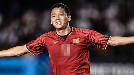 Các cầu thủ Việt Nam tại AFF Cup 2018 mặc áo số mấy? - 10