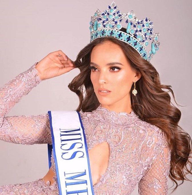 """<p> Đêm chung kết Miss World 2018 dự kiến diễn ra vào tối 8/12 (giờ Hà Nội), người chiến thắng sẽ nhận vương miện từ đương kim hoa hậu Manushi Chhillar (Ấn Độ). Trước giờ G, Vanessa Ponce - đại diện Mexico - được đánh giá cao nhất. Missosology dự đoán cô giành được vương miện, còn Global Beauties xếp cô ở vị trí Á hậu 2 - Hoa hậu Thế giới 2018. Theo Missosology, Vanessa Ponce đã thể hiện rất tốt ở các phần thi <em>Người đẹp Nhân ái, Top Model</em> và thử thách <em>Head to Head</em>. Ngoài nhan sắc xinh đẹp, body quyến rũ, đại diện châu Mỹ còn được đông đảo khán giả ủng hộ trên mạng xã hội.</p> <p> Trước đó, nhan sắc Mexico chắc suất trong top 30 nhờ vào top hai phần thi quan trọng: """"Thử thách đối đầu"""" và """"Người đẹp Nhân ái"""". Quán quân Mexico's Next Top Model năm nay 25 tuổi, cao 1,72.</p>"""