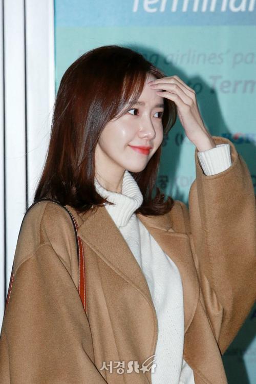 Yoon Ah sở hữu làn da căng bóng đáng ghen tỵ.