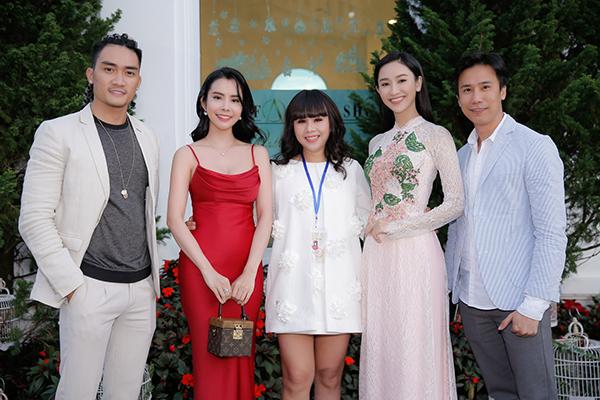 Hoa hậu Phan Thị Mơ xuống sắc vì sụt ký không phanh - 8