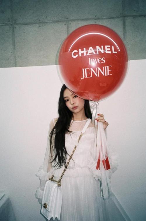Bức ảnh gây tranh cãi của Jennie.