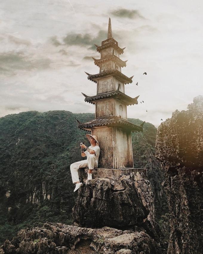 <p> Nếu muốn kết hợp khám phá nhiều điểm đến, bạn có về vừa du ngoạn Tràng An và ghé đến Hang Múa trong chuyến hành trình.</p>
