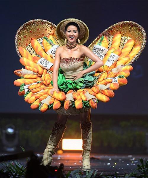Hình ảnh HHen Niê trong đêm thi