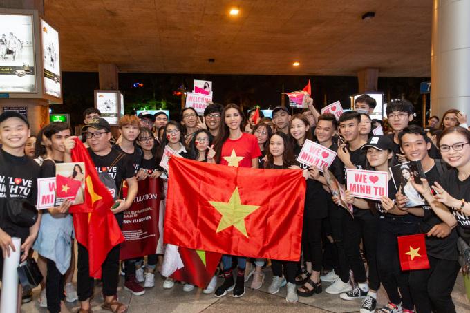 <p> Minh Tú được nhận xét đã làm tốt nhiệm vụ giới thiệu, quảng bá hình ảnh con người Việt Nam đến bạn bè quốc tế.</p>