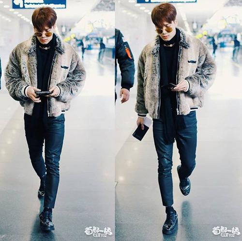 Jackson cũng hội tụ cùng các thành viên trong nhóm ở Hong Kong.