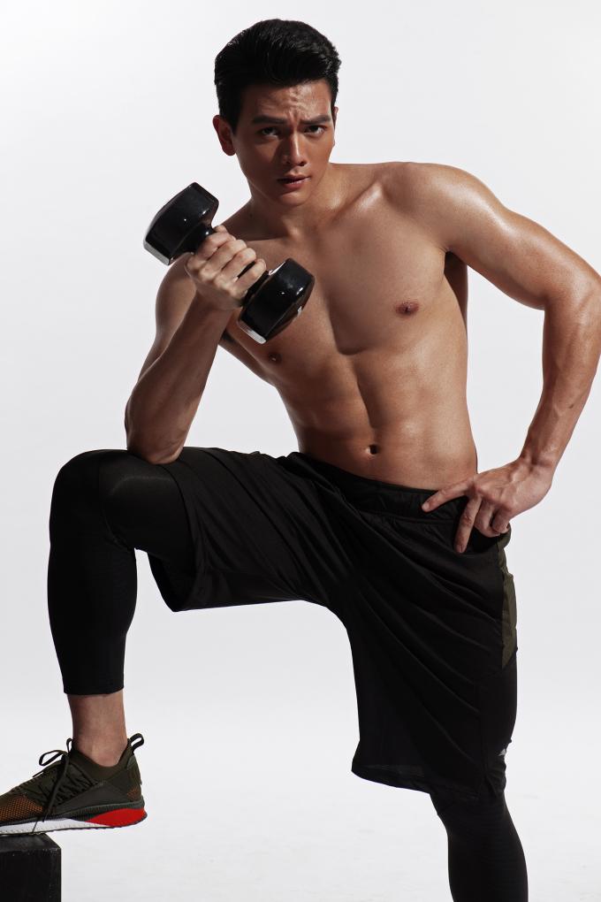 <p> Nhờ việc tham gia thể thao ngay từ thời niên thiếu cộng với việc siêng năng rèn luyện thể hình, Lê Xuân Tiền luôn giữ được body thu hút.</p>