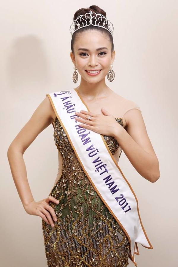 Mâu Thủy bị đồn mua giải Hoa hậu Hoàn vũ Việt Nam 2018.
