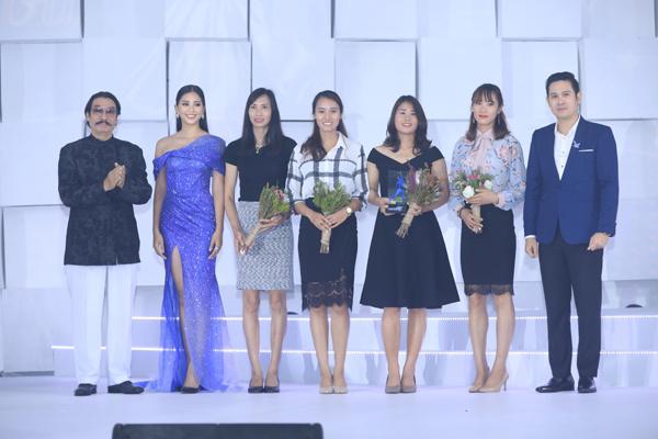 Đội tuyển Rowing Việt Nam giành giải Ngôi sao Thể thao.
