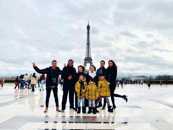 Kim Lý cùng gia đình Hồ Ngọc Hà đi du lịch chung.