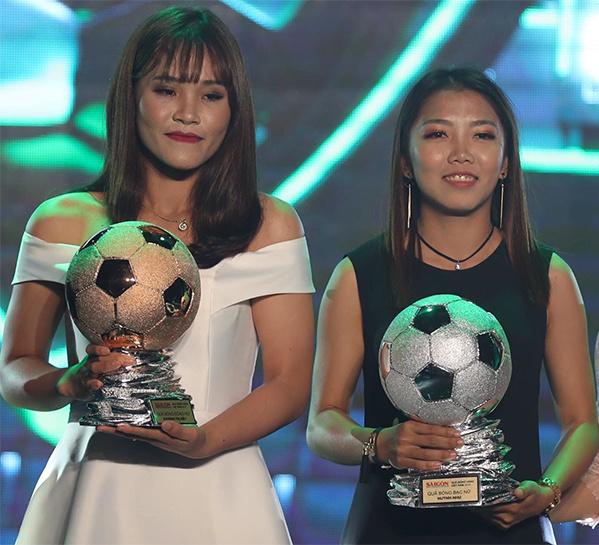 Quả bóng Bạc và Quả bóng Đồng 2018 lần lượt thuộc về Huỳnh Như và Chương Thị Kiều.