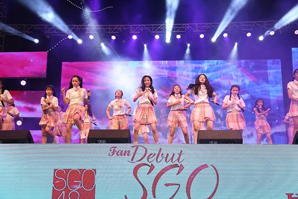 Sắp tới, SGO48 sẽ có sân khấu quốc tế diễn ra tại Bangkok, Thái Lan. Đây là sẽ lần hội ngộ đầu tiên giữa SGO48 và nhóm nhạc nổi tiếng AKB48.