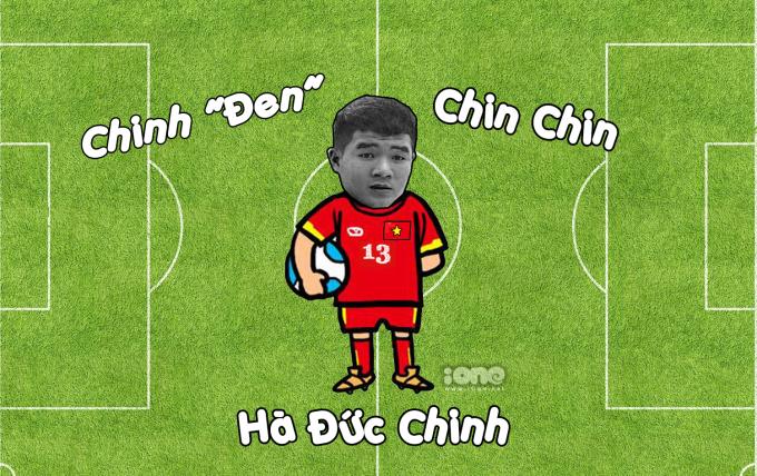 """<p> Bề ngoài với làn da thiếu trắng trẻo của chàng tiền đạo mang áo số 13 đã giải thích về nickname """"Chinh đen"""". """"Vựa muối"""" của đội tuyển Quốc gia luôn tạo ra những pha """"troll"""" đồng đội hết sức đáng yêu.<br /> Hiện Hà Đức Chinh chơi ở vị trí tiền đạo cho CLB SHB Đà Nẵng. """"Chinh Đen"""" từng là thành viên tuyển Việt Nam tham gia World Cup U20 vào tháng 5/2017 tại Hàn Quốc.</p>"""