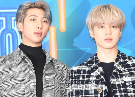 RM và Ji Min chất lừ với mái tóc nhuộm màu sáng.
