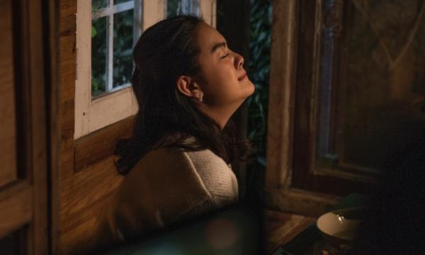 Phạm Quỳnh Anh kể chuyện tình có nước mắt trong MV.