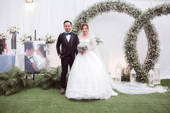Tiến Đạt tổ chức đám cưới với bạn gái hôm 30/12/2018.