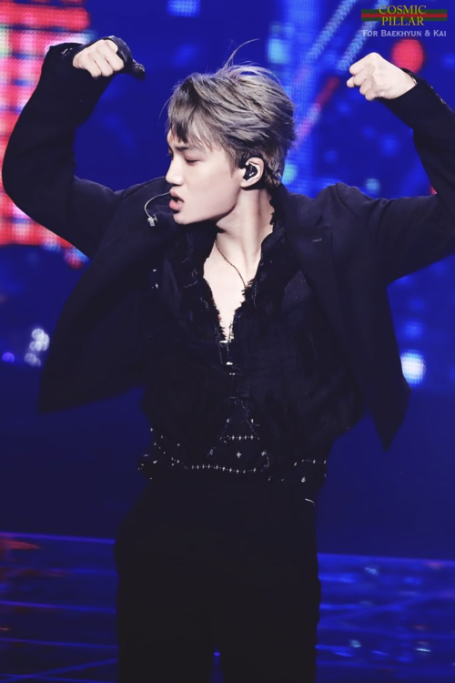 Còn gì hoàn hảo hơn khi một nữ rapper của Black Pink kết đôi với main dancer đến từ... EXO? Vâng, bạn trai Jennie chính là Kai, nam thần tượng có phong cách cực ngầu.