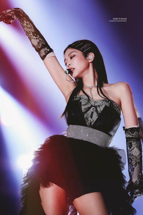 Từ một biểu tượng sang chảnh, Jennie giờ đây đã là cái gai trong mắt netizen và fan Kpop.