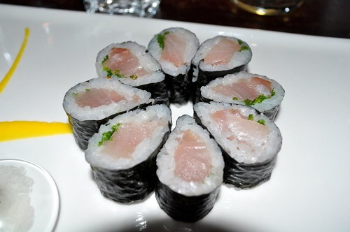12 chòm sao ngon như món sushi nổi tiếng nào? - 8