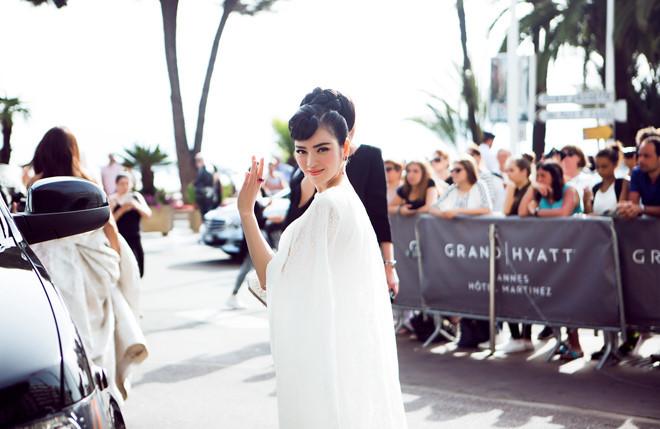 <p> Lý Nhã Kỳ cũng chọn hình tượng này khi tham dự LHP Cannes.</p>