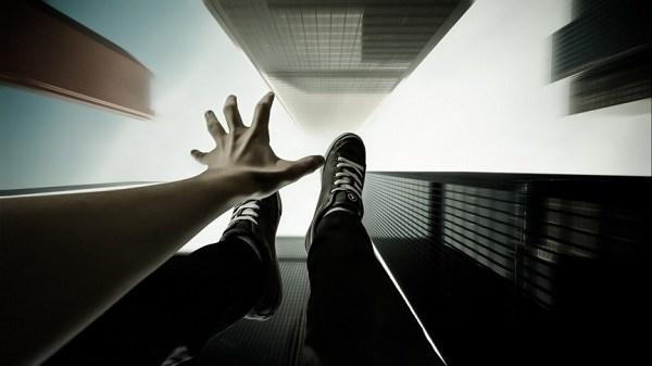 Bạn từng bị rơi tự do trong giấc mơ?