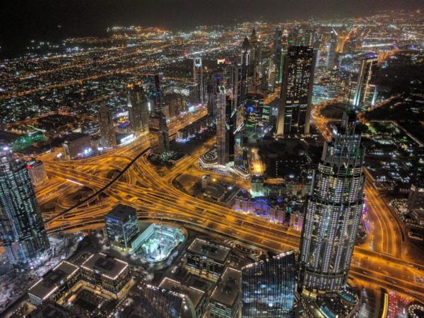 Toàn cảnh Dubai từ tòa tháp Burj Khalifa