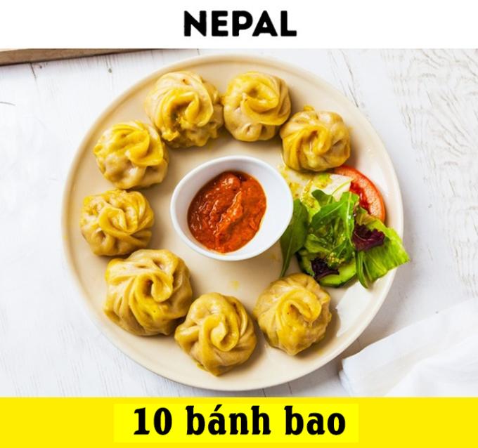 <p> Bánh bao hoa hồng bọc nhân tại Nepal chắc chắn sẽ khiến bạn phải no bụng mà chỉ có giá 1 USD. Một phần ăn sẽ gồm 10 chiếc bánh nhỏ được chấm với loại sốt đặc trưng của người dân nơi đây.</p>