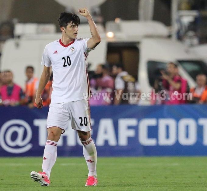 <p> Cầu thủ này được ví là 'Messi của Iran' bởi khả năng chơi bóng tấn công cừ trên sân.</p>