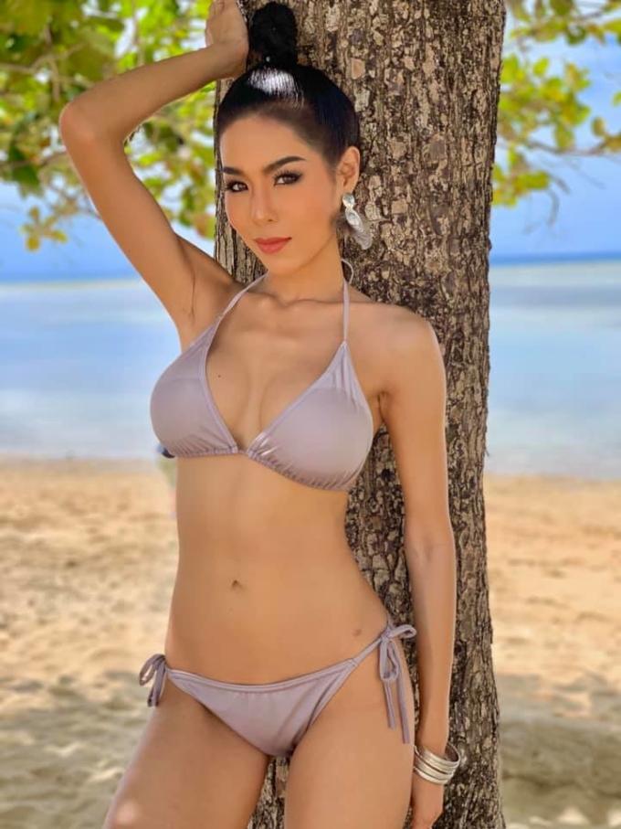 <p> Ingchanok Prasart - Hoa hậu Thái Lan - sở hữu nhan sắc nổi bật cùng thân hình cân đối. Người đẹp 22 tuổi là sinh viên ngành marketing.</p>