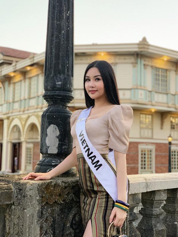 <p> Lê Âu Ngân Anh sinh năm 1995 tại Tiền Giang. Cô cao 1,73m, số đo ba vòng 87-57-97. Miss Intercontinental 2018 diễn ra từ ngày 8-27/1 tại Manila, Philippines. Năm nay cuộc thi thu hút hơn 70 thí sinh tham dự.</p>