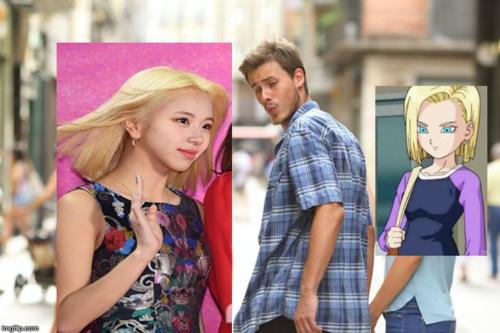 Em út của Twice tất nhiên là xinh đẹp và thu hút hơn nhân vật hoạt hình rồi.