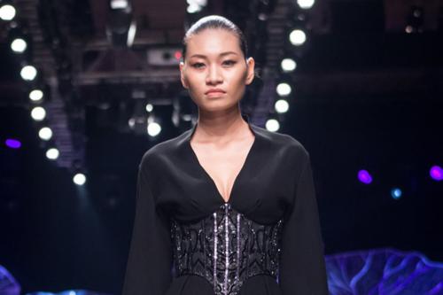 Người mẫu Kim Anh.
