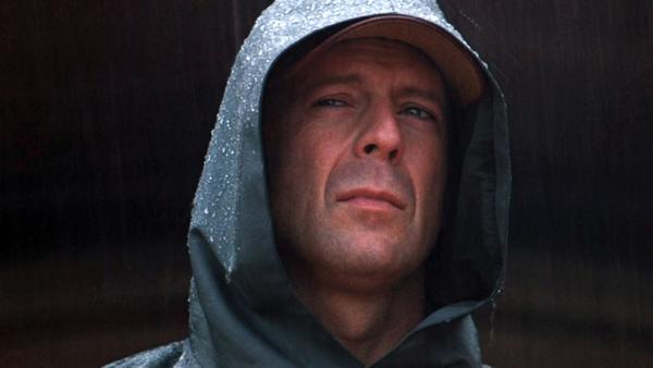 David Dunn lần đầu xuất hiện trong bộ phim Unbreakable.