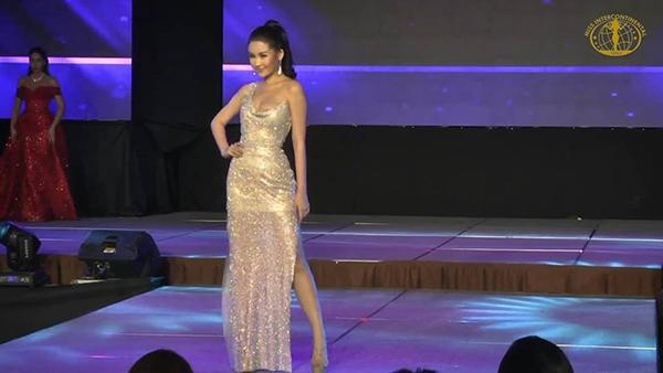 Tối 17/1 (giờ địa phương), Ngân Anh và hơn 70 thí sinh của Miss Intercontinental 2018 bước vào vòng thi phụ trình diễn trang phục dạ hội.