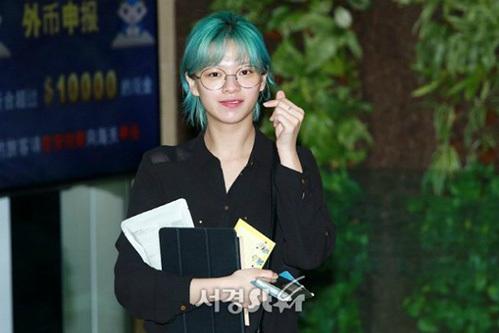 Jeong Yeon bị chê bai rằng giống cô dâu Việt khi lộ mặt mộc kém xinh - 2