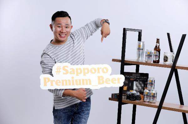 Hot blogger Vinh Gấu cũng chọn Sapporo vì anh có một niềm đam mê với công nghệ và Sapporo Premium Beer được tạo ra từ công nghệ hiện đại Nhật Bản. Loại bia này còn là chất xúc tác khiến cho cảm xúc trong mỗi tấm hình của Vinh Gấu dâng trào.