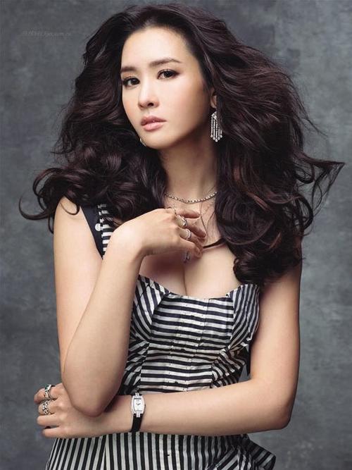 Lee Da Hae.