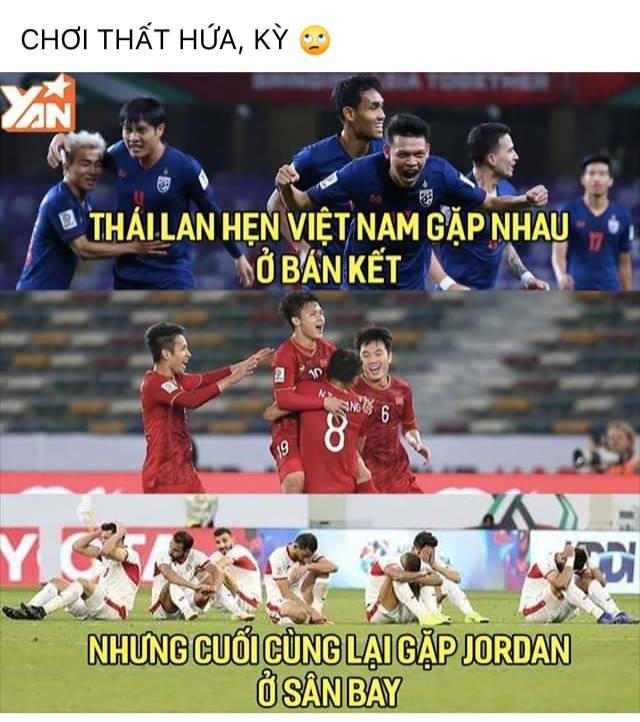 <p> Kết cục trớ trêu của Thái Lan ngay lập tức trở thành niềm cảm hứng cho dân mạng chế ảnh, quả là nói trước bước không qua.</p>