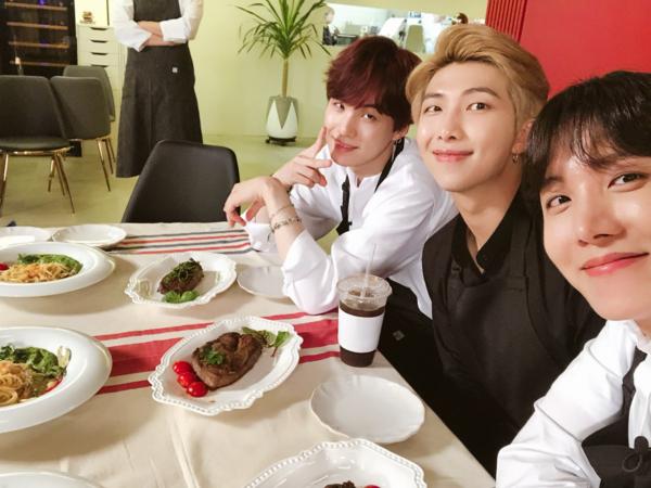 Suga, RM và J-Hope khoe ảnh đi ăn sang chảnh.