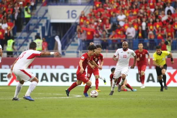 Việt Nam có màn trình diễn ấn tượng để giành vé vào tứ kết thuyết phục.