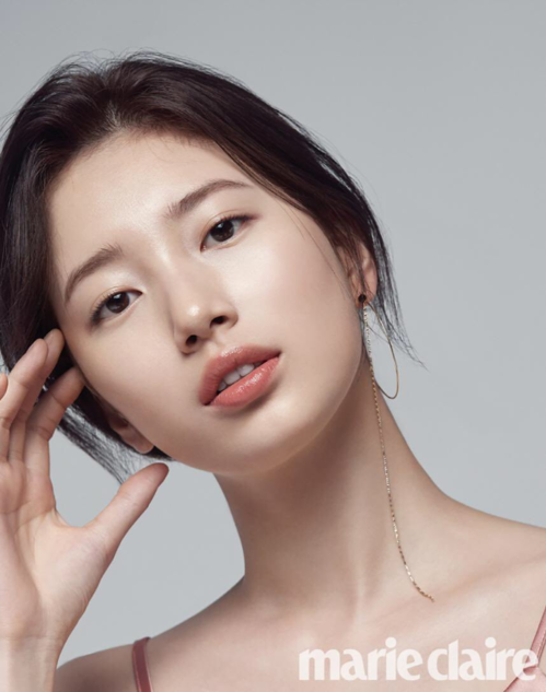 Suzy, Lisa và loạt sao Hàn khiến fan mãn nhãn trên tạp chí số tháng 2 - 3