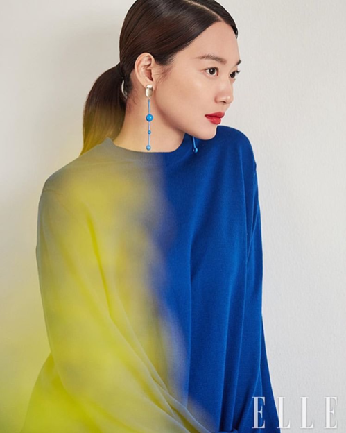 Loạt sao Hàn khiến fan mãn nhãn trên tạp chí số tháng 2 - 7